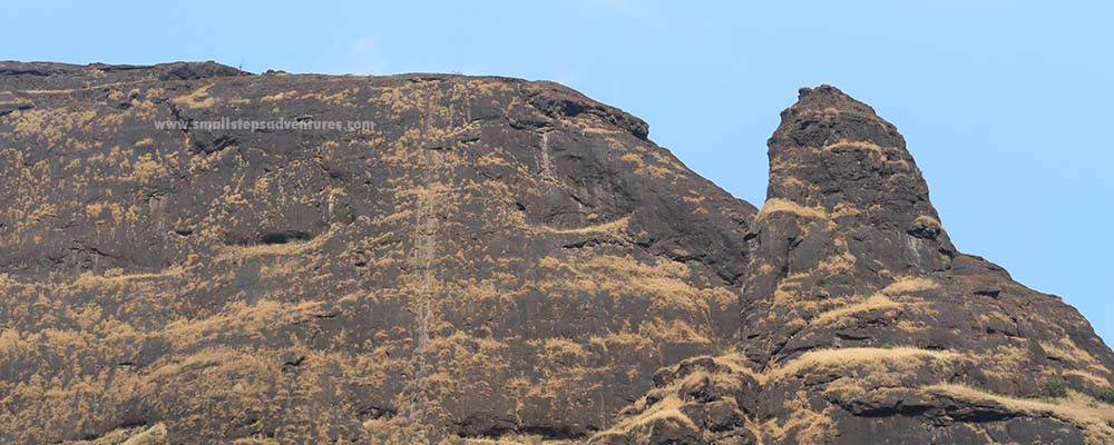 manikgad fort trek
