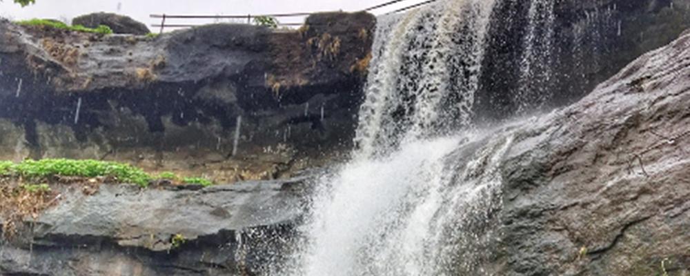 Vangani Waterfall