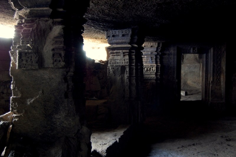 Kothaligad caves