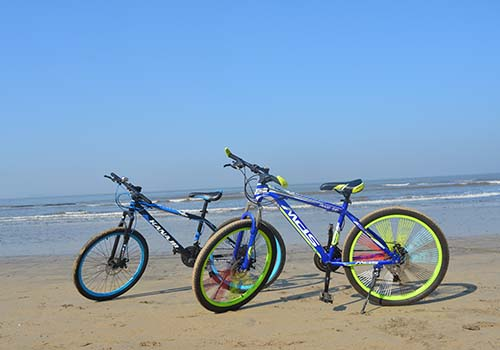 beach cycling